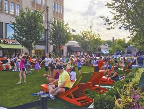 Suburban Square Lawn Concert